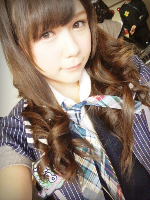 【ロリコン速報】 トリンドル玲奈に激似の14歳ハーフ美少女 HKT48村重杏奈が可愛すぎと話題