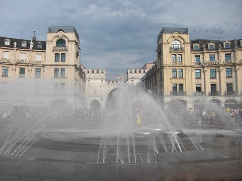 オクトーバーフェストの時期だしミュンヘンの街の画像貼ってく