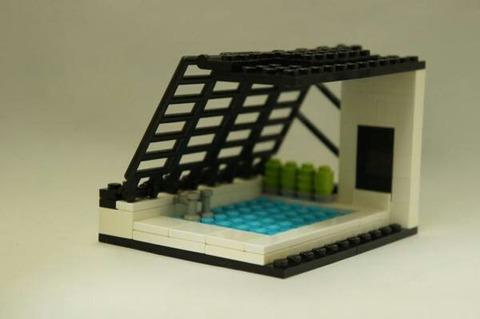 【画像】レゴでプール作ったンゴwwwwwwwwww