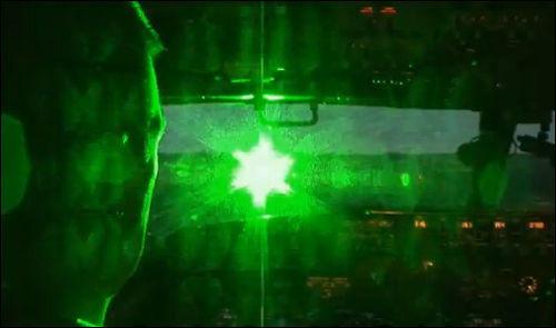 【画像】米軍航空機の航行を妨害するレーザーポインターが酷い