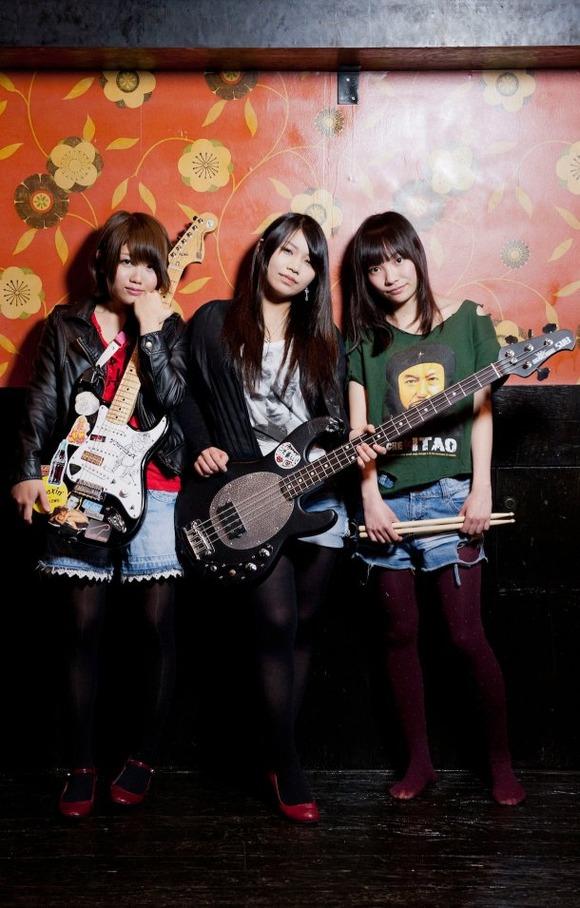【音楽】日本マドンナ、解散
