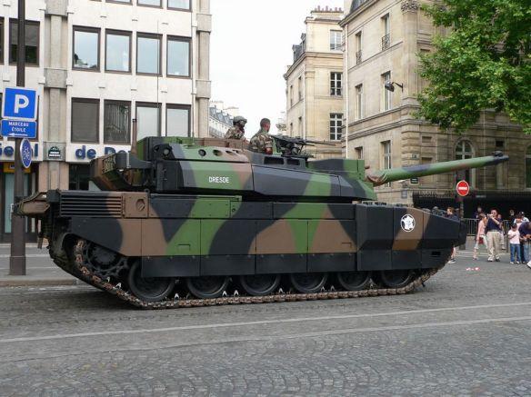 世界で最も高価な戦車は?ブルームバーグが各国の戦車を紹介