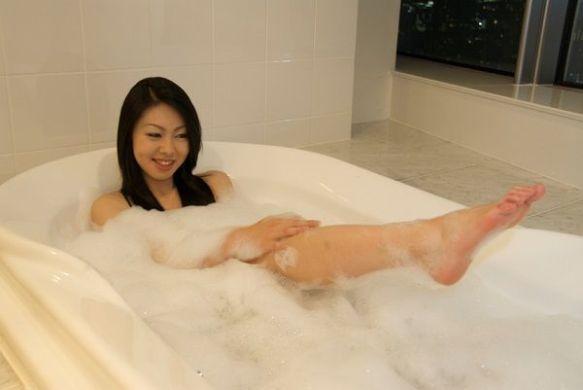 中高生まで父親とお風呂に入っていた女性の割合は5〜10% 最も多かった理由は「時短」