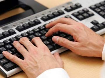 スマホ世代にとって「遺物」? パソコンを使えない新入社員が増加中