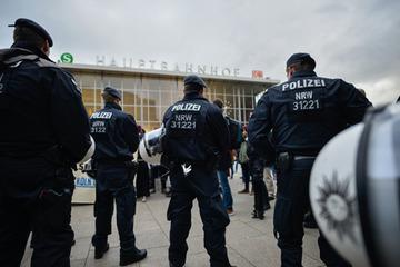【ドイツ】マスコミ各社が難民の集団性犯罪を黙殺して大問題に