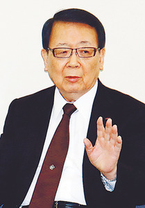 本間不二越会長「富山生まれの学生は極力採りません。閉鎖的な考え方が強いです」
