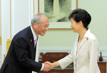 舛添要一の1千万円ソウル出張、接待で上機嫌になり「9割の日本人は韓国が好き」と繰り返す