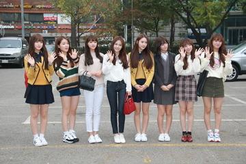 【韓国】K-POPグループが米国入り → 売春の疑いで8人全員拘束