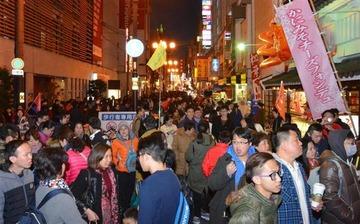 【社会】「中国人向け百貨店になれば?」 中国人贔屓の百貨店に日本人客のクレーム殺到