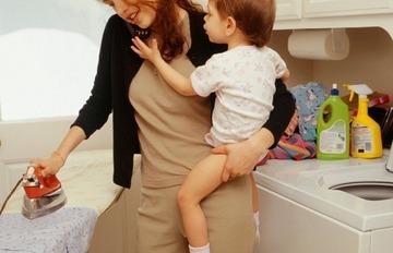 主婦の休日 「全くない」「まれ」89%の月月火水木金金