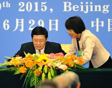 【AIIB】7カ国が署名せず逃亡…フィリピン、デンマーク、クウェート、マレーシア、ポーランド、南アフリカ、タイ
