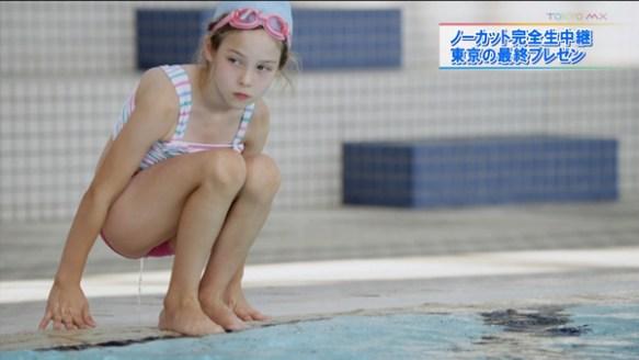 【放送事故】白人少女が放尿【画像あり】