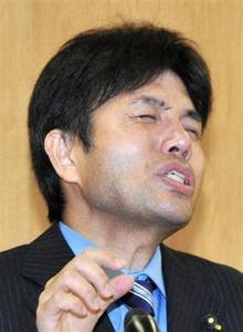 号泣絶叫会見の野々村竜太郎、「マスコミの追及で自殺に追い込まれるかもしれない」と取材自粛を要請