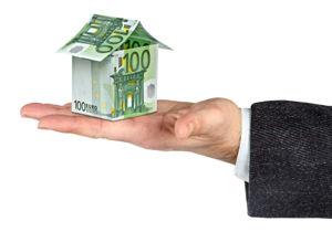 住宅ローンは危険すぎる?「老後破産」急増の実態 退職金減額、病気…売却しても巨額借金