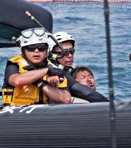 【辺野古】プロ市民が立ち入り禁止区域に船で侵入 → 「海保のゴムボートに追突されて船が壊れた」と逆ギレwwwww