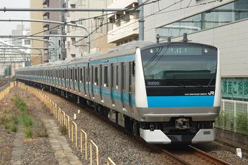 【鉄道】JR京浜東北線の車内で男が刃物を振り回し暴れ、電車が緊急停車