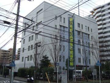 「何回も通ってうるさい」 脳梗塞患者搬送中の救急車に自転車投げつけ妨害、無職(40)逮捕…川崎