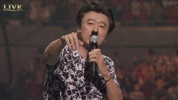 【朝日新聞】サザン「ピースとハイライト」は政権批判? 曲名を「平和と極右」と読み替えるなど解釈で波紋