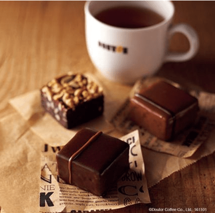 ドトールコーヒーからコーヒーの風味を引き立てるスイーツ「ブラウニー」が登場!