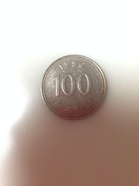 元モー娘。の田中れいな、おつり詐欺で財布に100ウォン硬貨が混入wwww