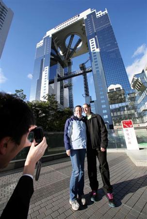 【大阪】梅田スカイビルは「世界遺産級」 海外で紹介され、外国人客殺到