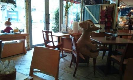 脱サラした姉がオサレなカフェをオープンした結果wwwwww