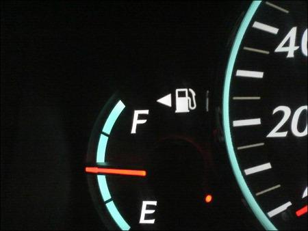 ガソリンスタンド店員だけど質問ある
