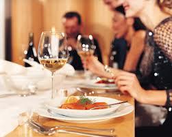 会社の女子社員を食事に誘った結果wwwww