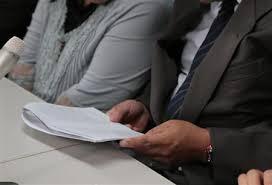 極貧30代に行政「若いし仕事探せ」は無法か…パンの耳、たらい風呂、生活保護申請却下