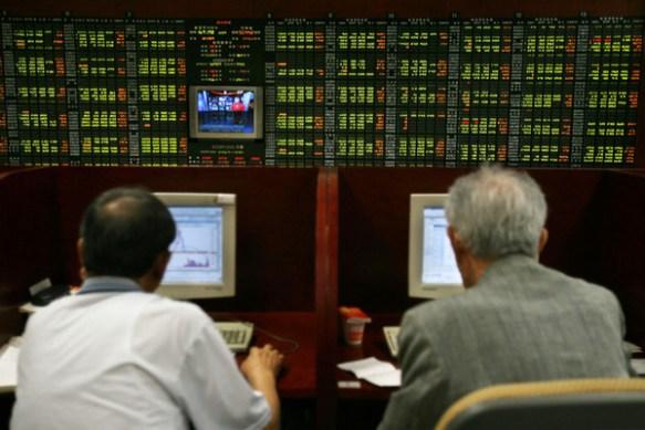 【韓国株】コスピ1800Pを割り込む、金融緩和縮小に続き中国ショック響く