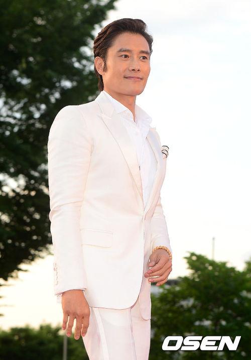 【韓流】 韓国名にこだわるイ・ビョンホンの輝く自尊心~世界を占領した誇らしい韓国人俳優が英語名を使う必要があるか