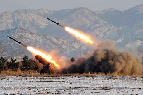 【北朝鮮】北朝鮮が日本海側に3回にわたりミサイル発射、何発かは不明