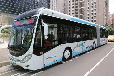 【台湾速報】馬英九総統のバス試乗でやらせ発覚 台湾の反応「ただのショーだね」「ウソばっかだな」「いつもこんなもんでしょ」