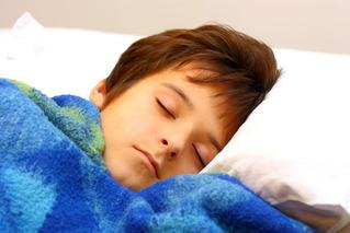 3時間睡眠とか短時間睡眠で平気な奴一体どうなってるの?