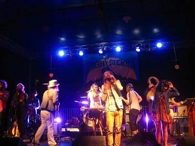 High Sierra 2010: Edward Sharpe & the Magnetic Zeros