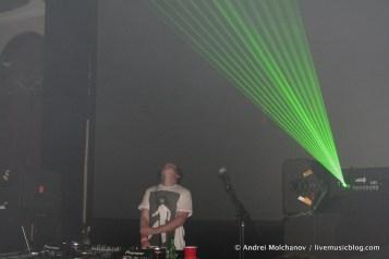 16 Bit @ Logan Square Auditorium, Chicago 8/6/11