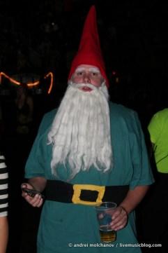 crowd from skrillex halloween 2011-6