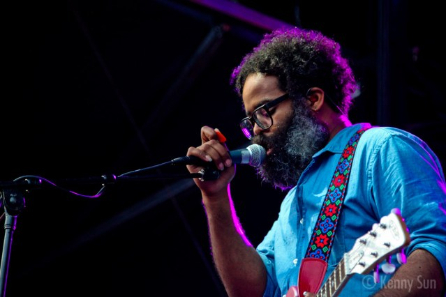 43-TvOnTheRadio
