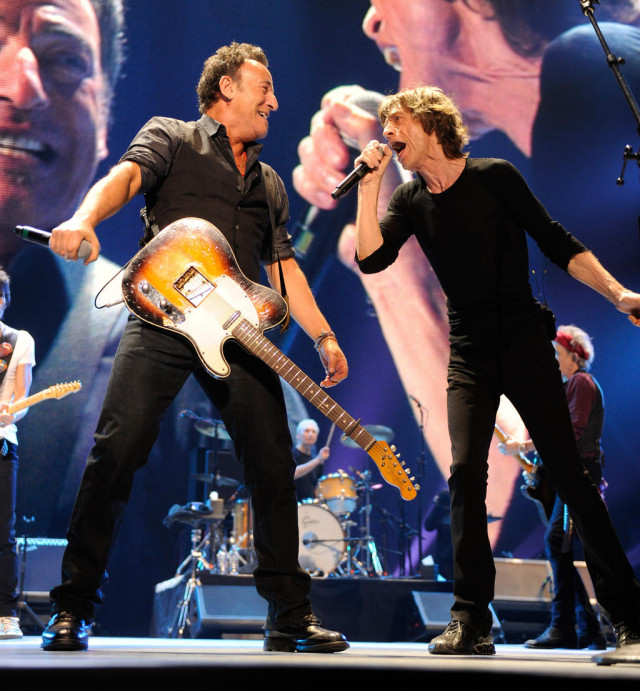 Bruce Springsteen and Mick Jagger @ Prudential Center, Newark, NJ - 12/15/12 || Photo via @RollingStones Twitter