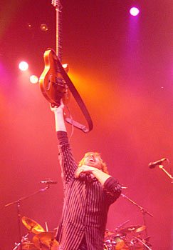 Trey Anastasio on 2/28/03, Photo by Walfredo