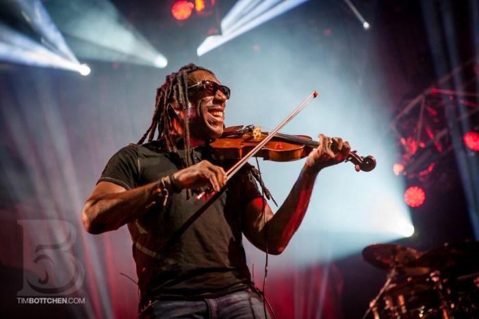 Boyd Tinsley of Dave Matthews Band at Verizon Wireless Amphithea