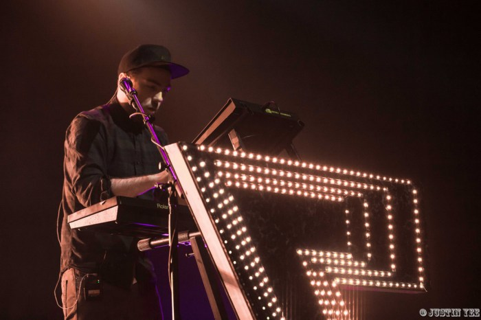 CHVRCHES_The Fox Theater_Oakland, CA (Watermarked)-8