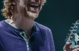 Scott_Harris_Phish_2013.10.31_1024px_01