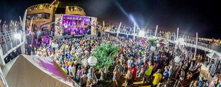 Pool Deck, Jam Cruise 13