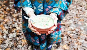 liveseasoned_winter14_creamychickensoup-1