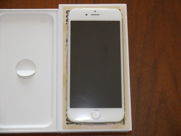 【iPhone6】と【iPhone6 plus】がやってきた。-iPhone6と千円1-@livett_1