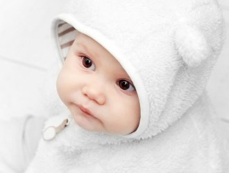 how-to-keep-your-baby-warm-in-the-winter