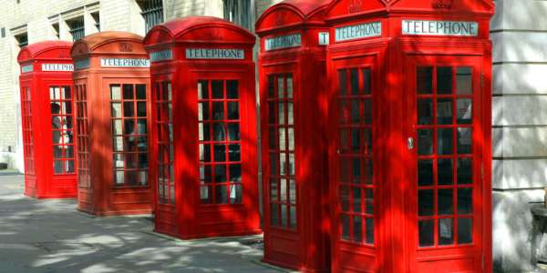 london-england-red-phone-booths-photo-by-john-ecker-pantheon