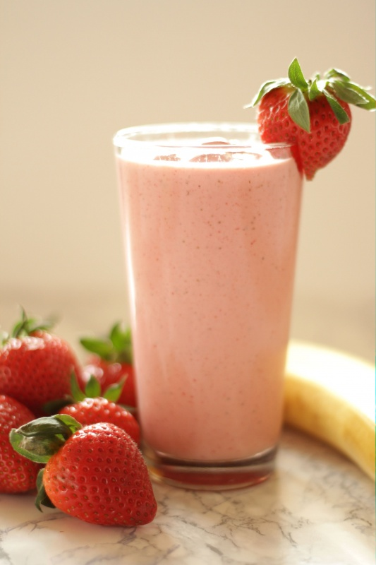 Easiest Ever Strawberry-Banana Smoothie