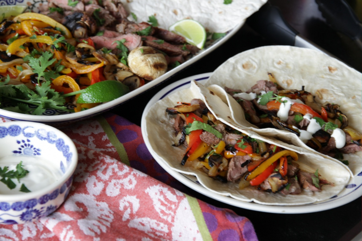 Steak Fajitas ~ Living on Cookies